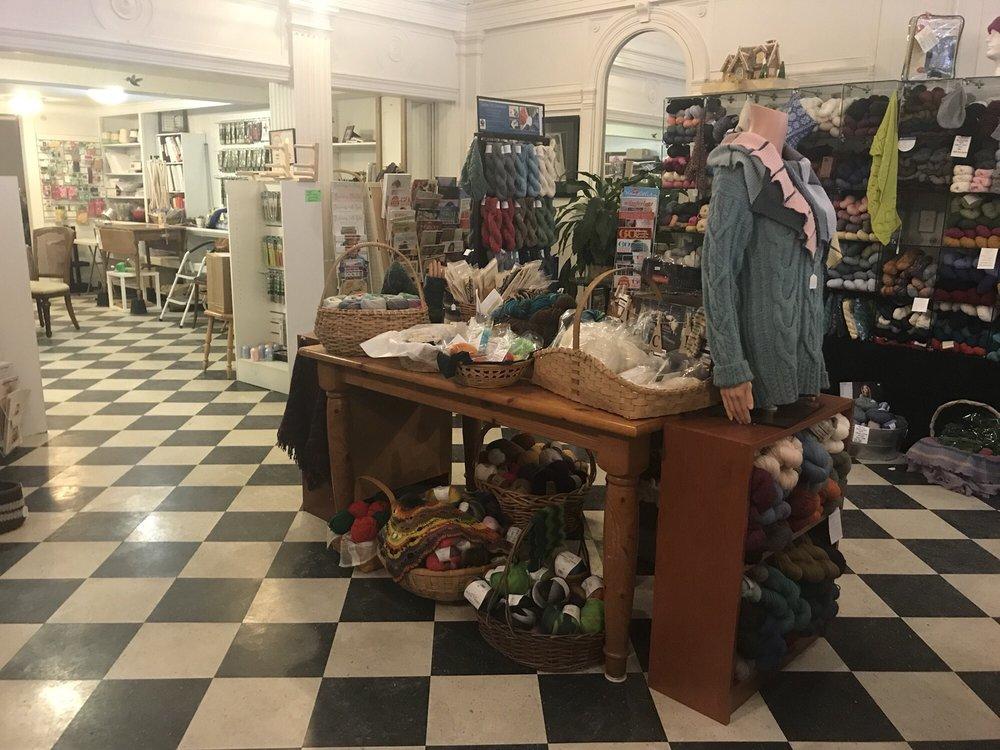 The Yarn Garden: 318 N Main St, Bloomington, IL