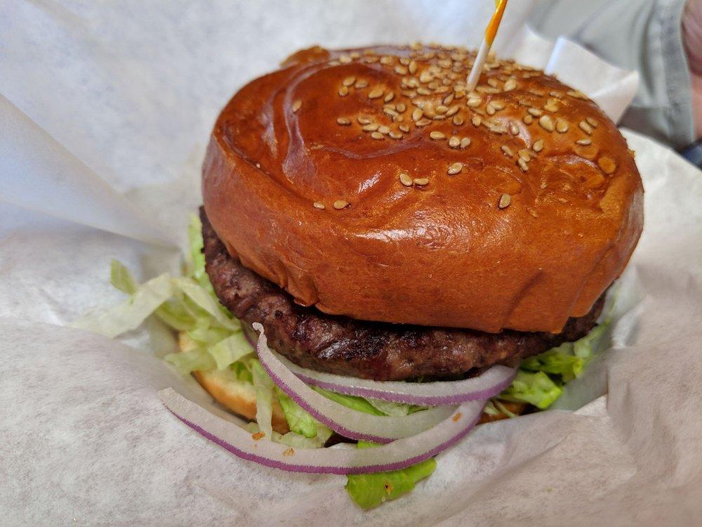 Eddie's Grill: 1325 N H St, Lompoc, CA