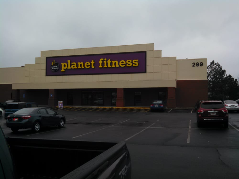 Planet Fitness - 26 Reviews - Gyms - 299 Molly Ln, Woodstock