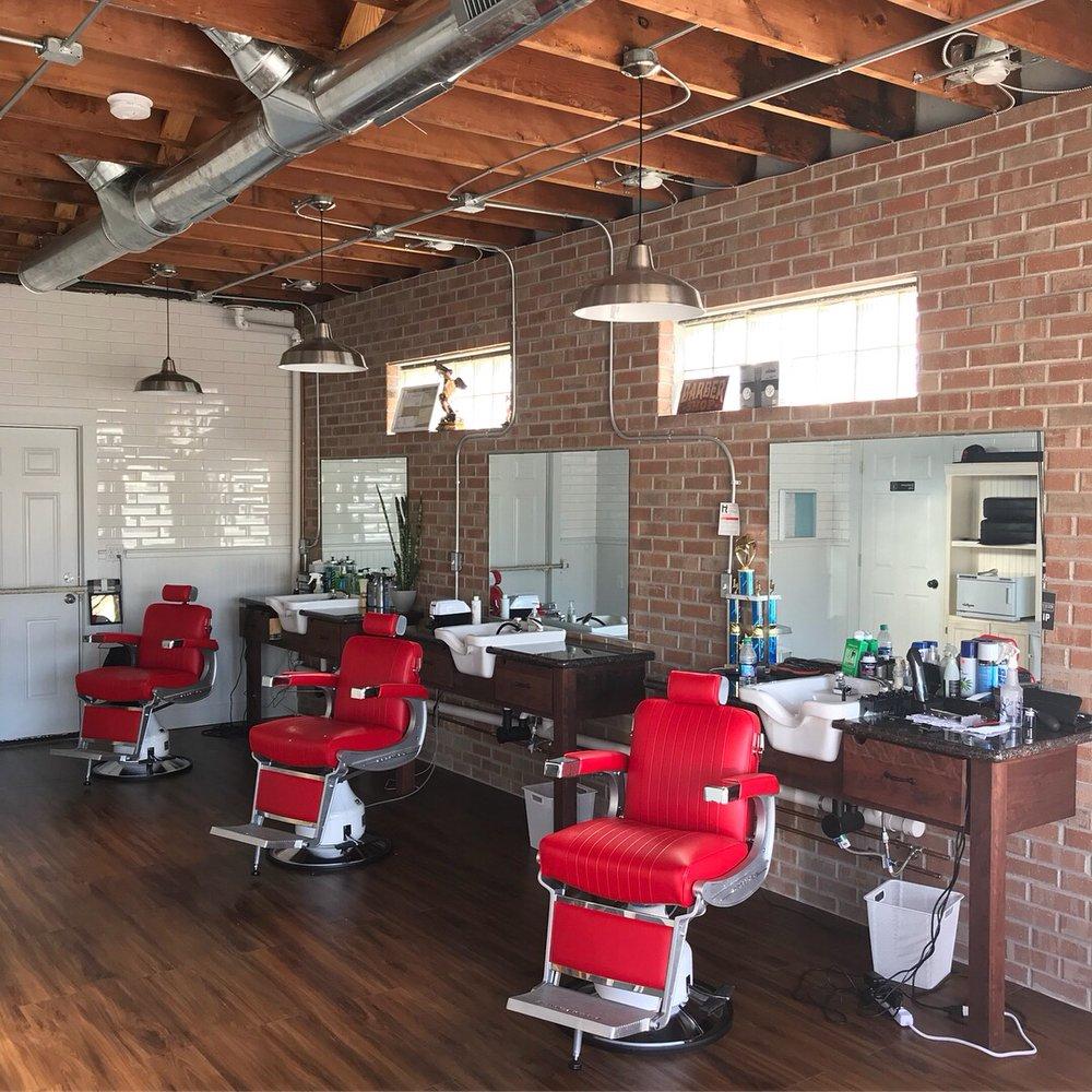 The Barber's Den: 5911 Dearborn St, Mission, KS