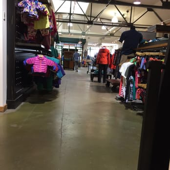 online store ca4d9 d31ca Patagonia St. Paul - 14 Reviews - Sports Wear - 1648 Grand ...