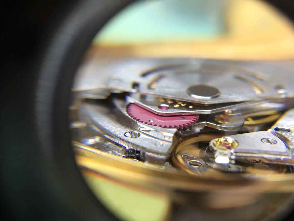 Timepiece Fix: 1901 W Bay Dr, Largo, FL