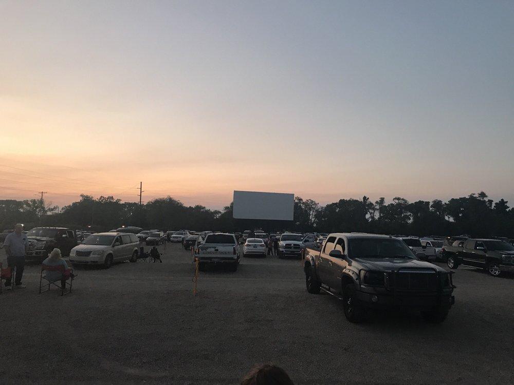Landmark Starlite Drive-In Theatre: 3900 S Hydraulic St, Wichita, KS