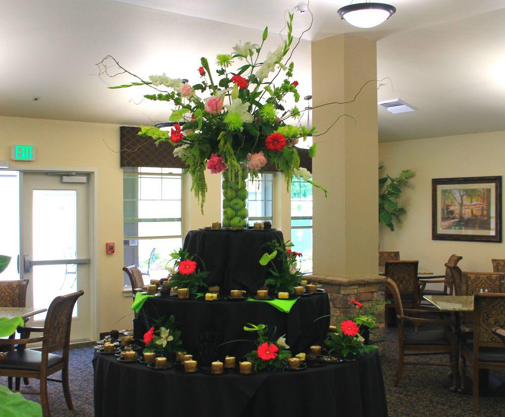 Pemberton's Flowers - Salem: 2414 12th St SE, Salem, OR