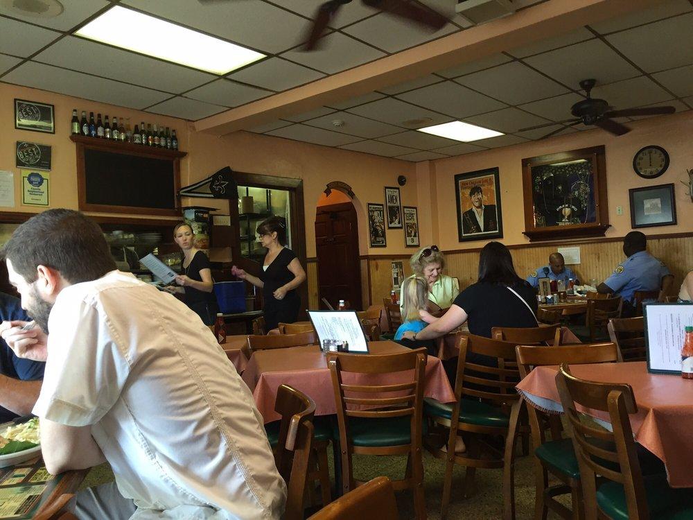 Liuzza S Restaurant Bar New Orleans La