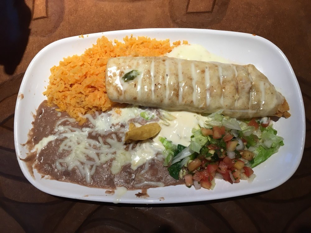 Lucy's Tex Mex: 530 W Lincoln Ave, Chandler, IN