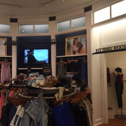 9ed047bd685 American Eagle Outfitters Palm Desert
