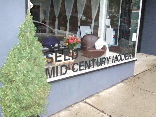 Photo Of Seed Mid Century Modern   Montclair, NJ, United States