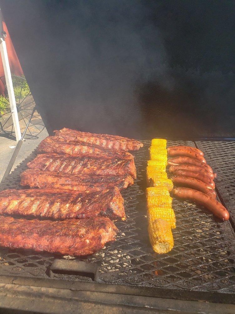 Big Glenn's Grill: 18155 Asheville Hwy, Campobello, SC
