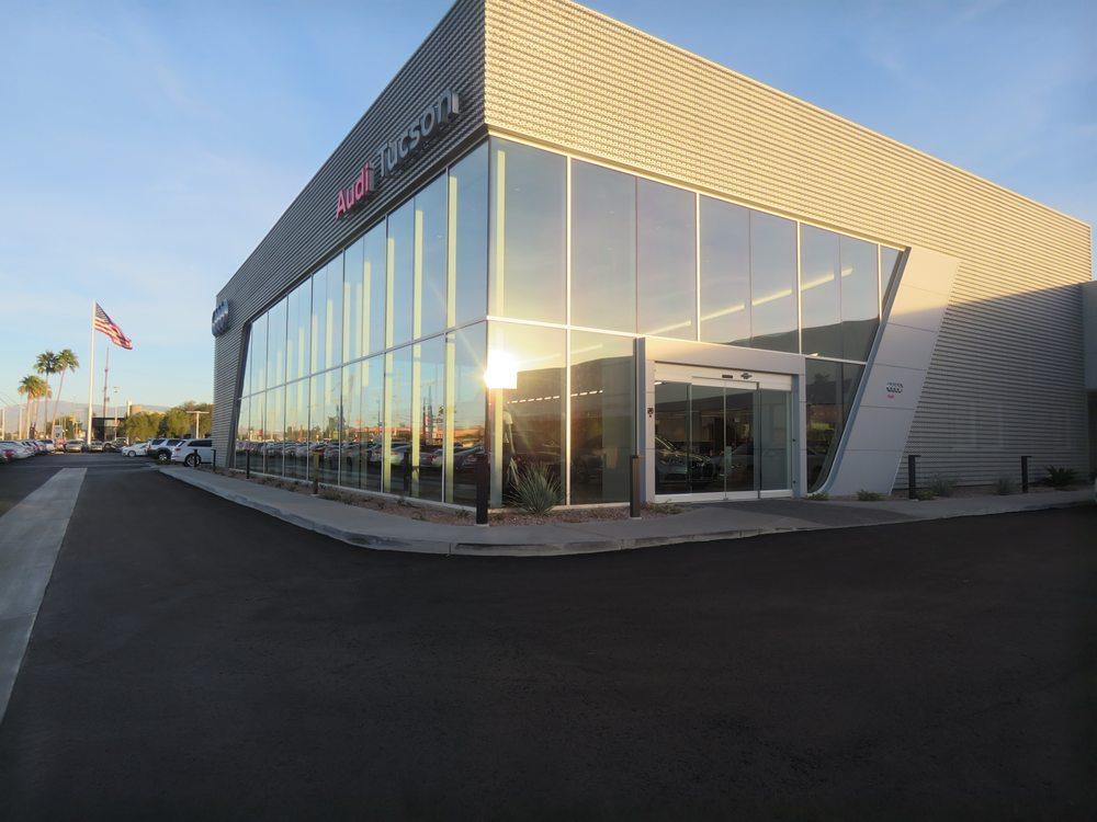 Audi Tucson