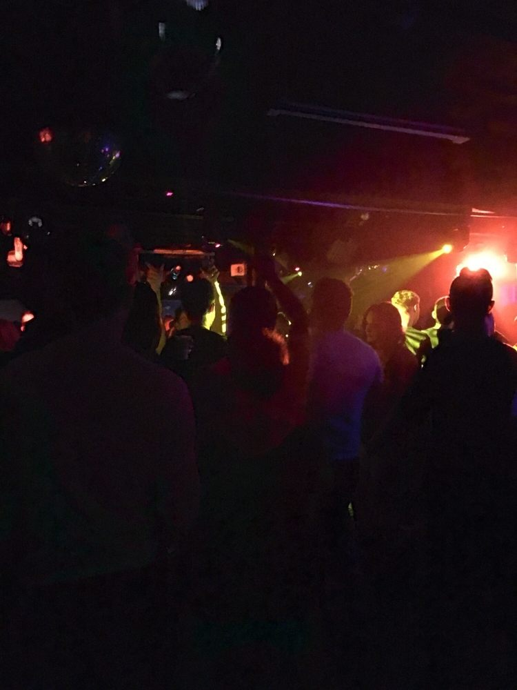 Photo Of Paradise Bar Cambridge Ma United States