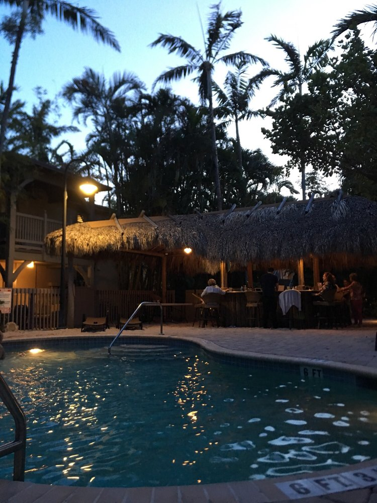 Crane's BeachHouse Tiki Bar: 82 Gleason St, Delray Beach, FL
