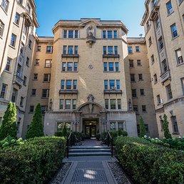 Realstar - Haddon Hall - Get Quote - Apartments - 2255 Rue Lambert ...