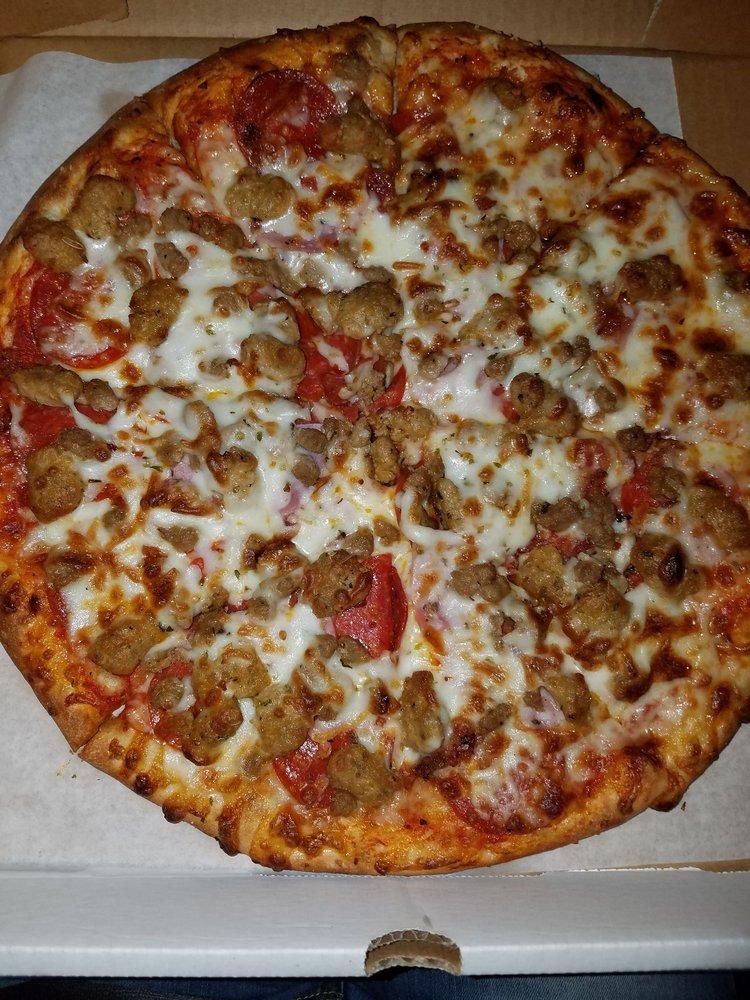 Pitti's Pizza: 407 W Ocean Blvd, Los Fresnos, TX