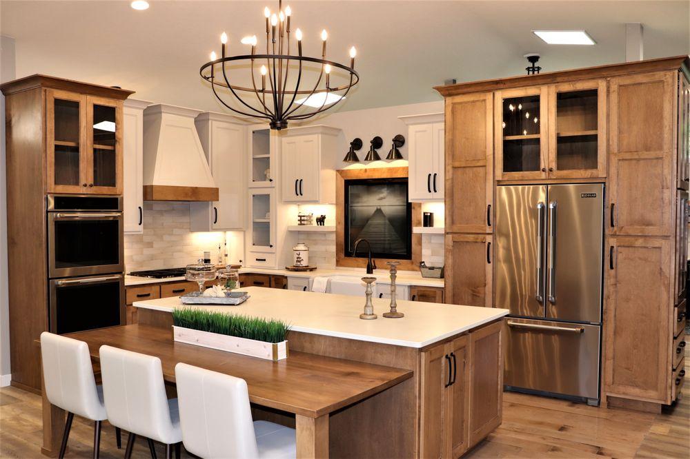 RCH Home & Design: 2343 US Hwy 10, Detroit Lakes, MN