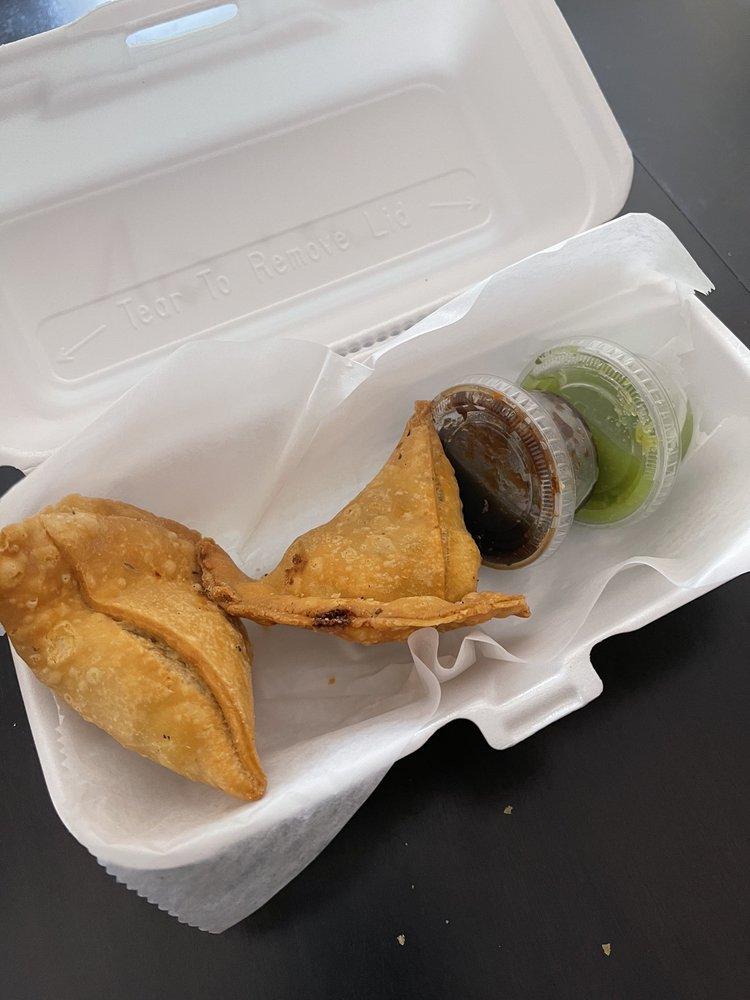 Mahek Indo Eatery: 21001 Middlebelt Rd, New Boston, MI