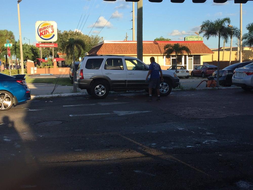 El Rey Del Brillo: 6850 SW 8th St, Coral Terrace, FL