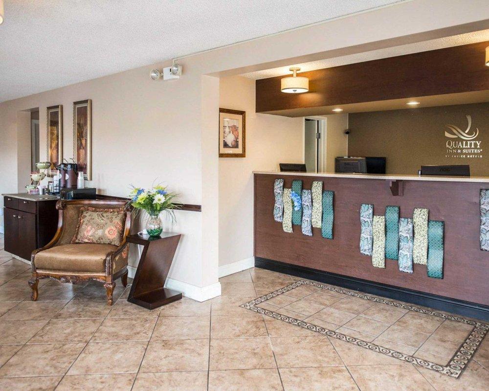 Quality Inn: 6819 US 129, Live Oak, FL