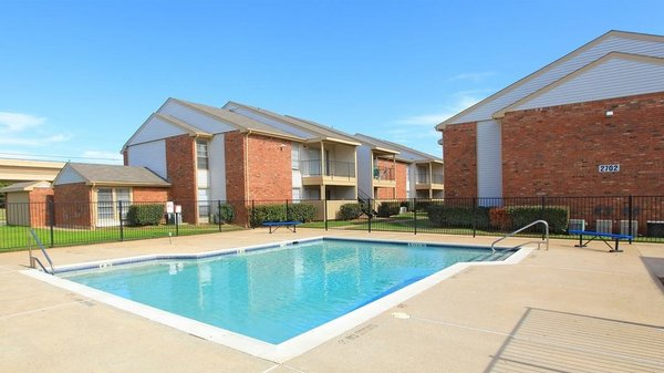 Yelp Reviews For Trinity Park Apartments New Apartments 2700