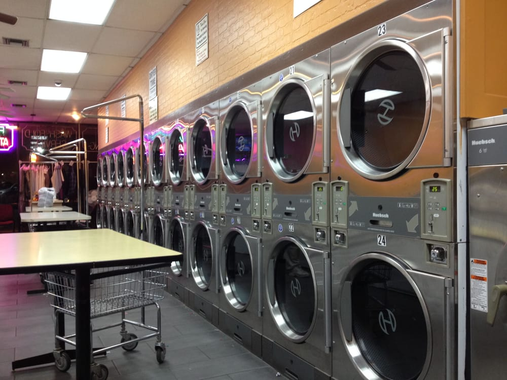 Washing Well Laundromat: 1055 State Rte 34, Matawan, NJ