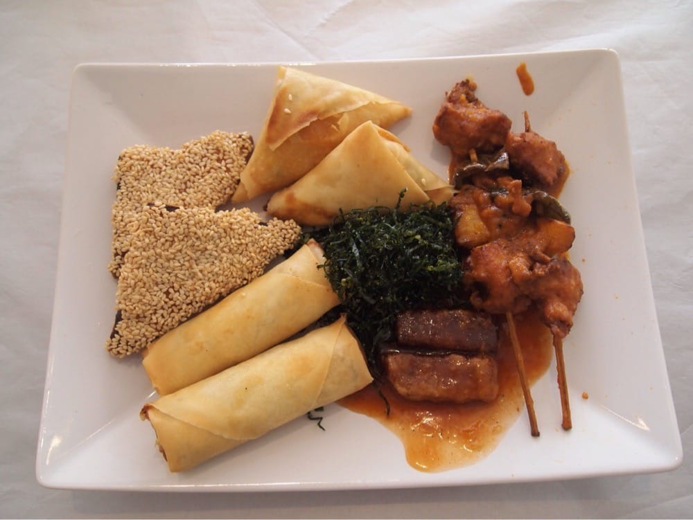 Photo Of Lotus Vegetarian Kitchen   Manchester, United Kingdom. Crispy  Combination   Spring Roll