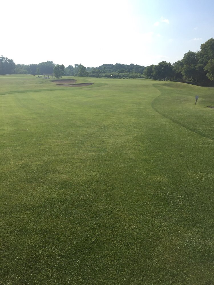 Creekside Golf Course and Training Center: 2355 Clifford Rd, Valparaiso, IN