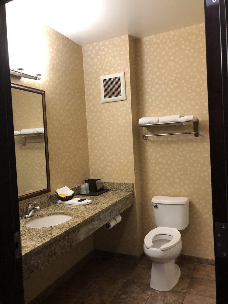 Lakeside Hotel & Casino: 777 Casino Dr, Osceola, IA