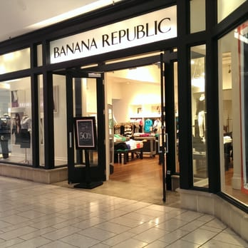 Banana republic 10 photos 39 reviews accessories for Gilroy outlets jewelry stores