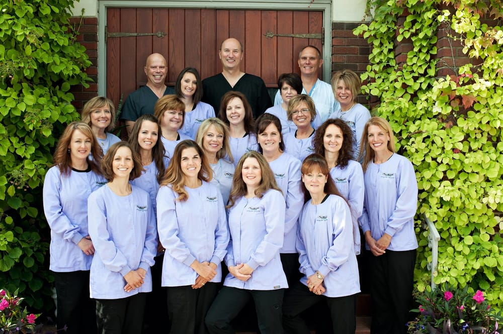 Oral Health Associates: 315 S Monroe Ave, Green Bay, WI