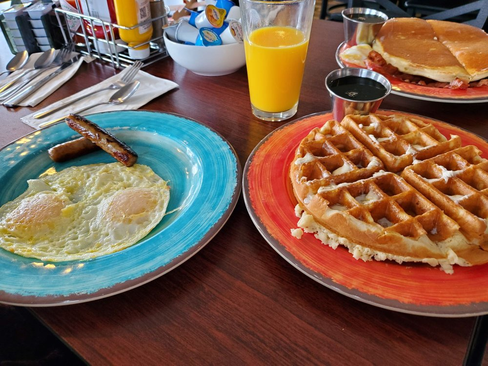 Mandy's Breakfast House: 22267 Parrotts Ferry Rd, Sonora, CA