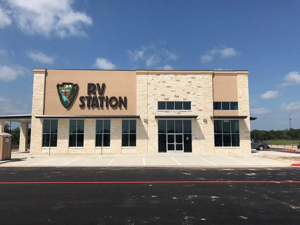 RV Station: 411 Sherard St, Colbert, OK