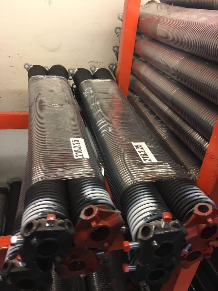 Aces garage door repair 17 agoura for Garage door repair agoura hills