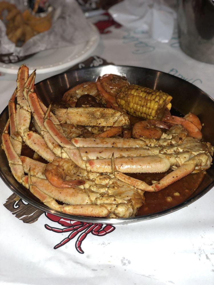The Juicy Crab: 1120 Bullsboro Dr, Newnan, GA