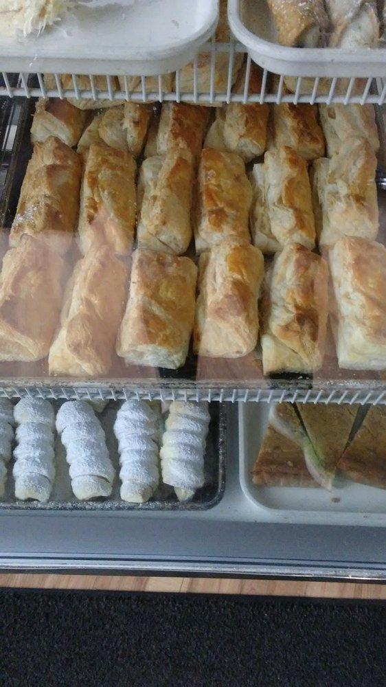 El Flamboyan Bakery
