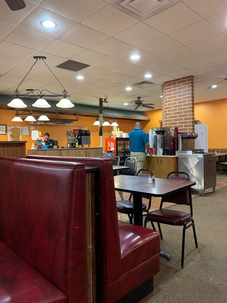 Fiesta Mexican Restaurant: 115 N 18th St, Centerville, IA