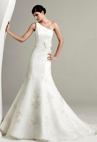Athena's Bridal & Prom: 25 E Franklin St, Centerville, OH