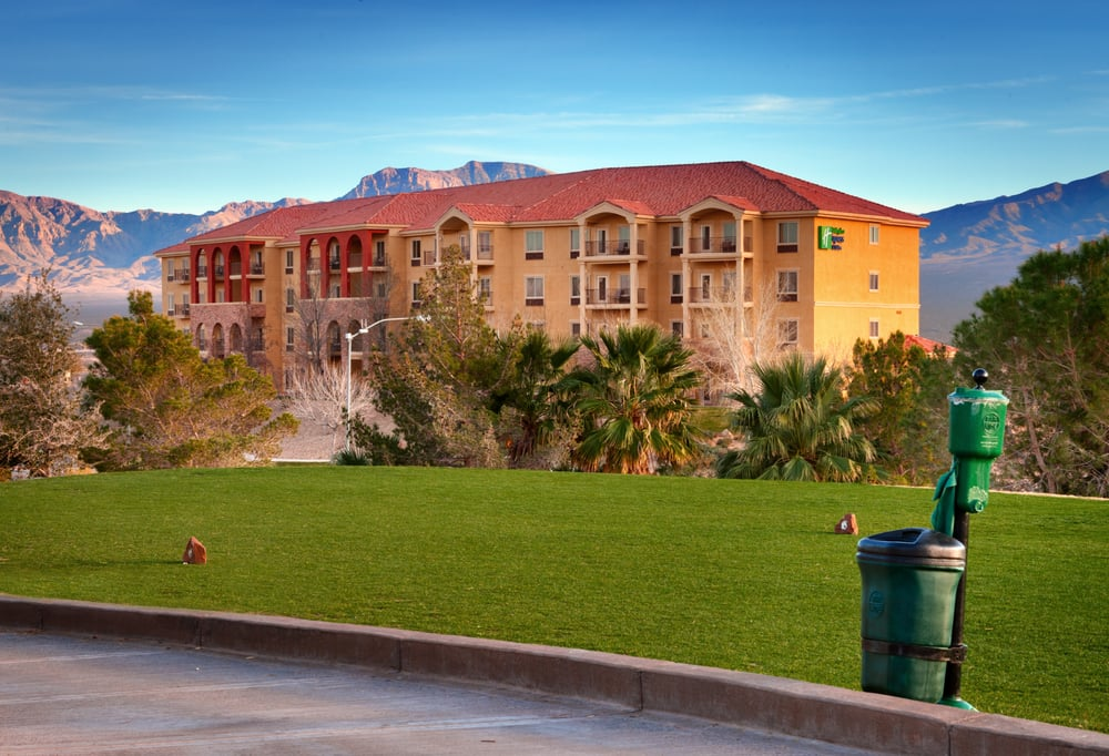 Holiday Inn Express & Suites Mesquite: 1030 W Pioneer Blvd, Mesquite, NV