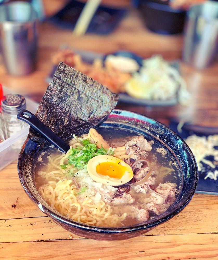 Shin Se Kai Ramen & Sushi: 234 Maple Ave E, Vienna, VA