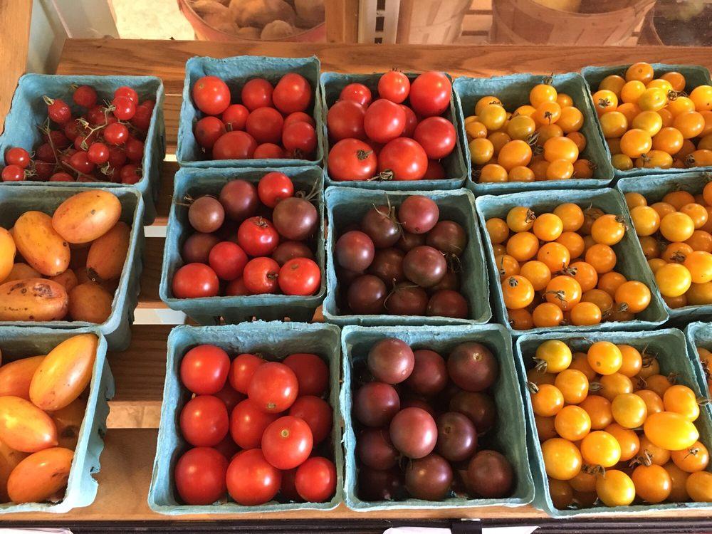 Boone Street Market: 101 Boone St, Jonesborough, TN