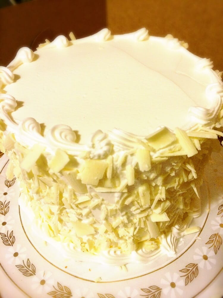 Cake With Cream Filling : My favorite White Cake with Bavarian Cream Filling :) - Yelp