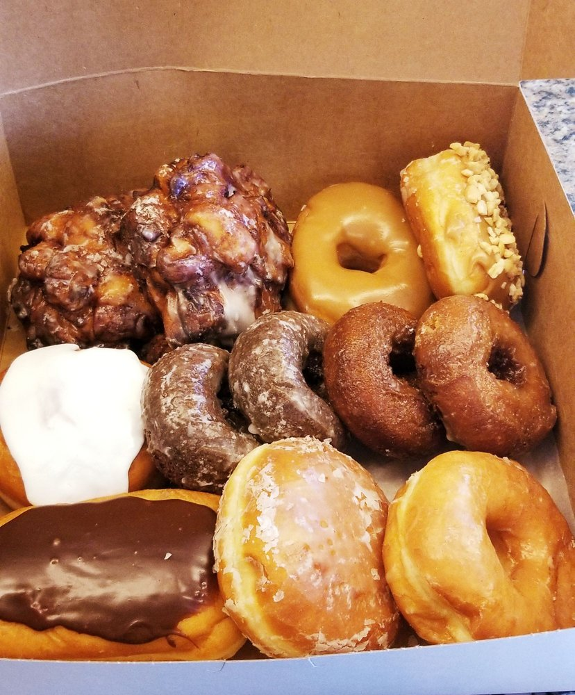Abbes Lil Donut Nook: 3069 S McCall Rd, Englewood, FL