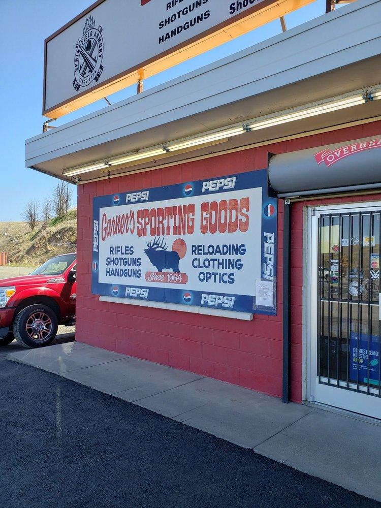 Garners Sporting Goods: 2214 SE Court Ave, Pendleton, OR