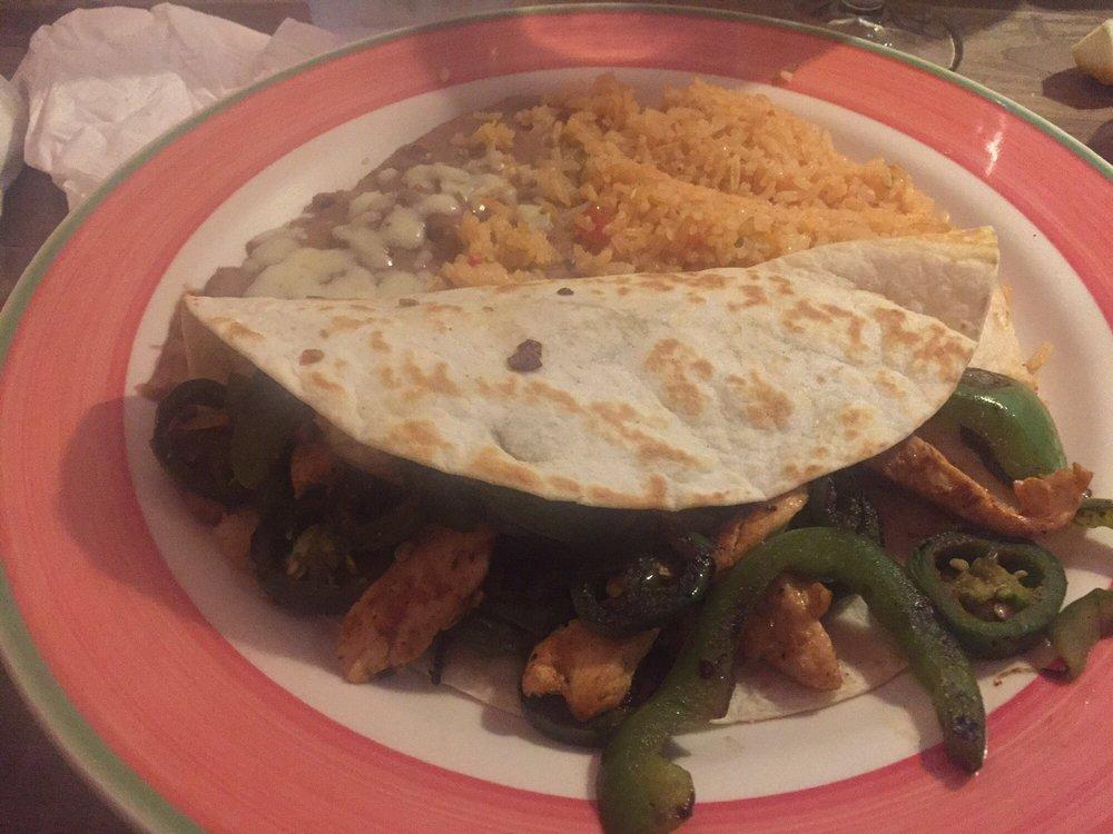 Mi Pueblo: 3451 Goodman Rd E, Southaven, MS