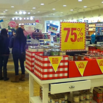 Photo of Bath   Body Works   Bloomingdale  IL  United States  Always  something. Bath   Body Works   Cosmetics   Beauty Supply   730 Stratford Sq