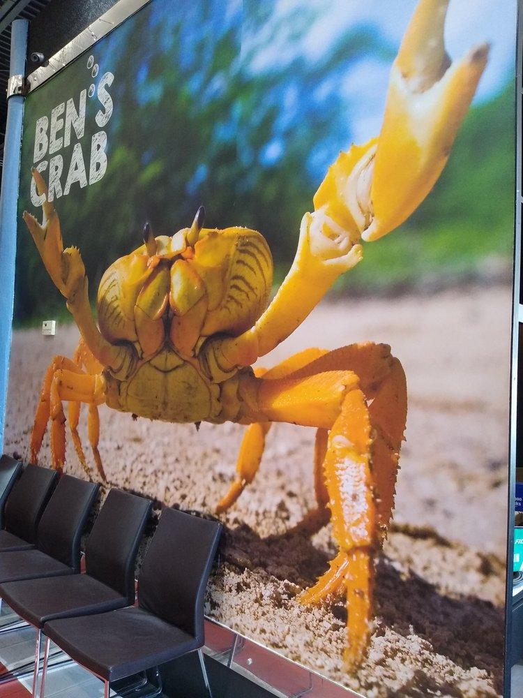 Ben's Crab: 45 Carmans Rd, Massapequa, NY