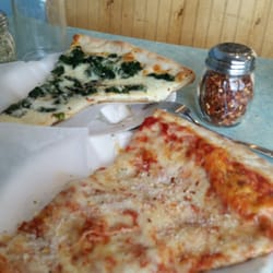 P O Of Sinapis Pizzeria Brewster Ny United States Their Pizza Is Crispy