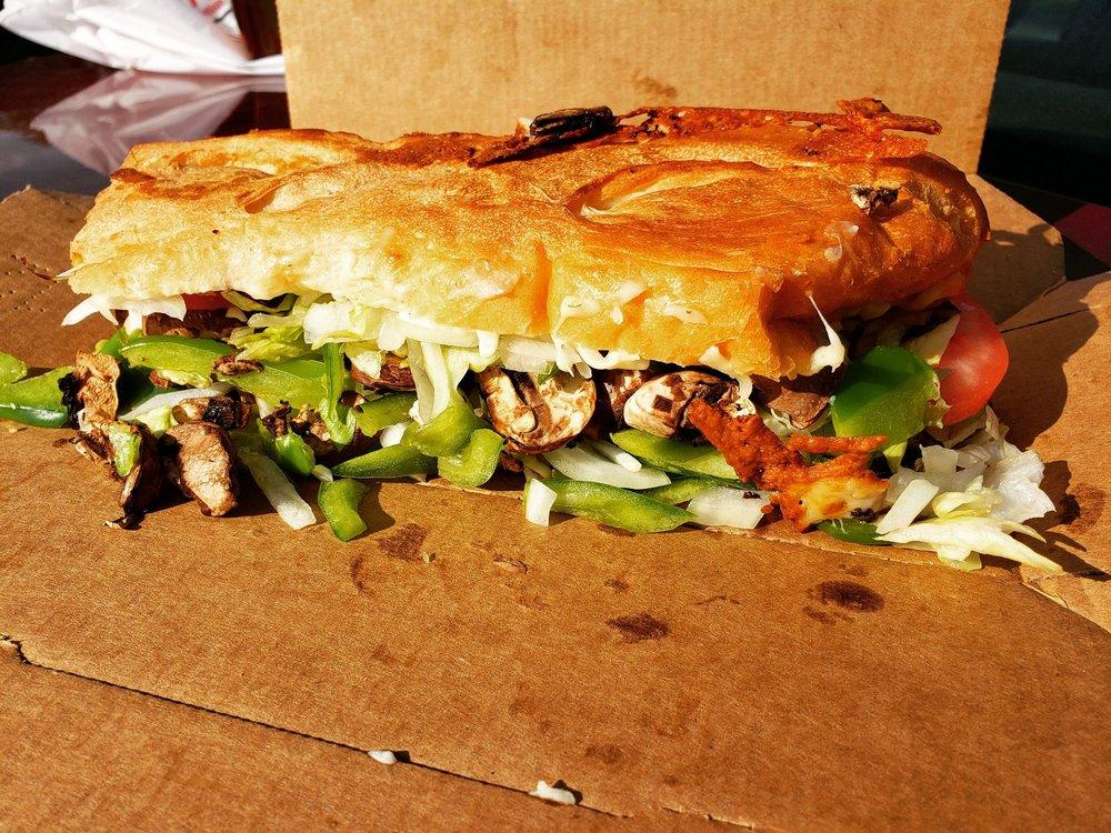 Bellacino's Pizza & Grinders: 100 Gore Rd, Morris, IL