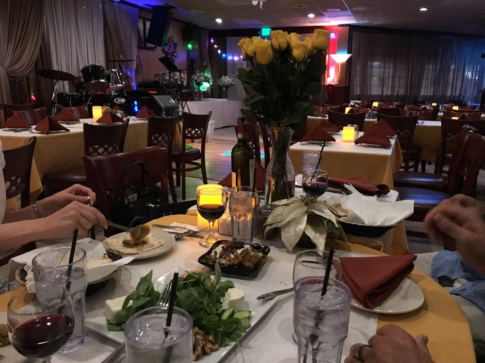 Safir mediterranean cuisine 40 photos 128 avis for Cuisine orientale