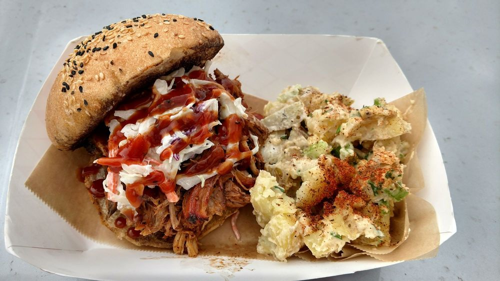 Meat Up BBQ: 1450 N Kraemer Blvd, Placentia, CA