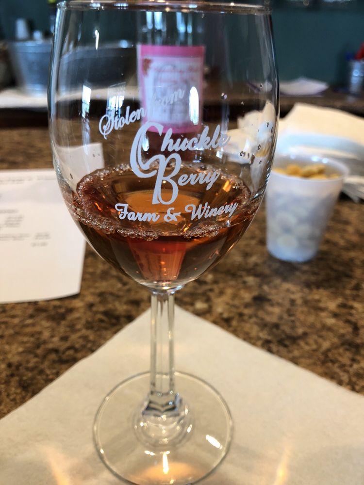 Chuckleberry Farm & Winery: 527 Garrison Ln, Bloomfield, KY